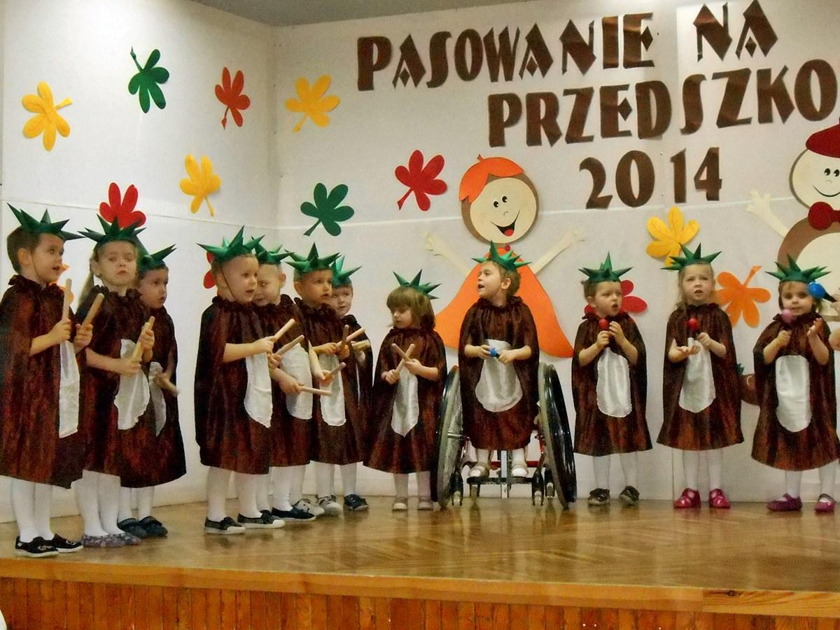 """Pasowanie na Przedszkolaka dzieci z gr. II """"Kasztanki"""""""