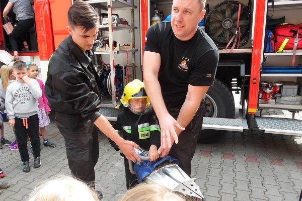Wizyta przedszkolaków w Straży Pożarnej